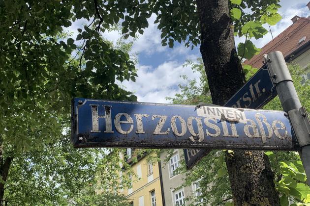 Herzog*innenstr. München